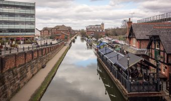 Bridgewater Canal and Kings Ransom at Sale, Greater Manchester